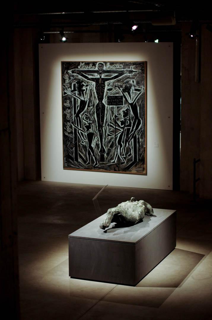 centre d'art sacre de lille crucifixions cathedrale notre dame de la treille 75