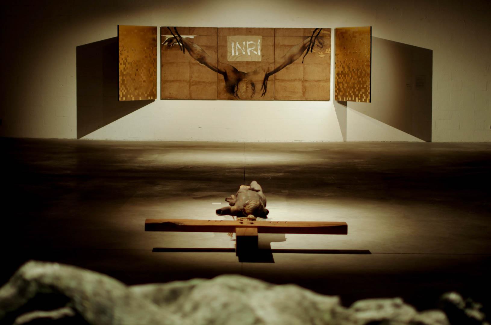 centre d'art sacre de lille crucifixions cathedrale notre dame de la treille  6017