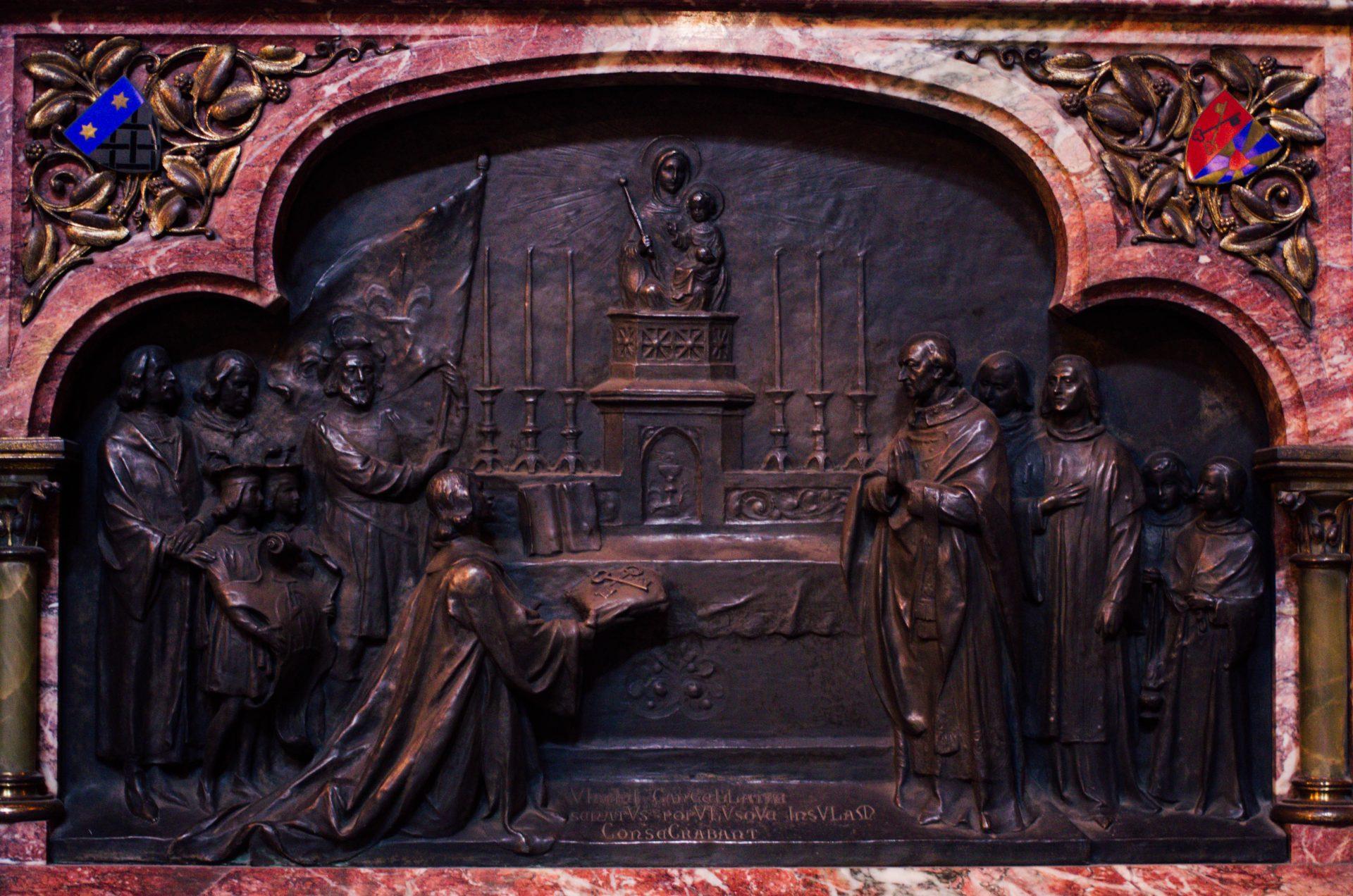chapelle du bienheureux Charles le Bon autel cathédrale notre dame de la treille lille 6116