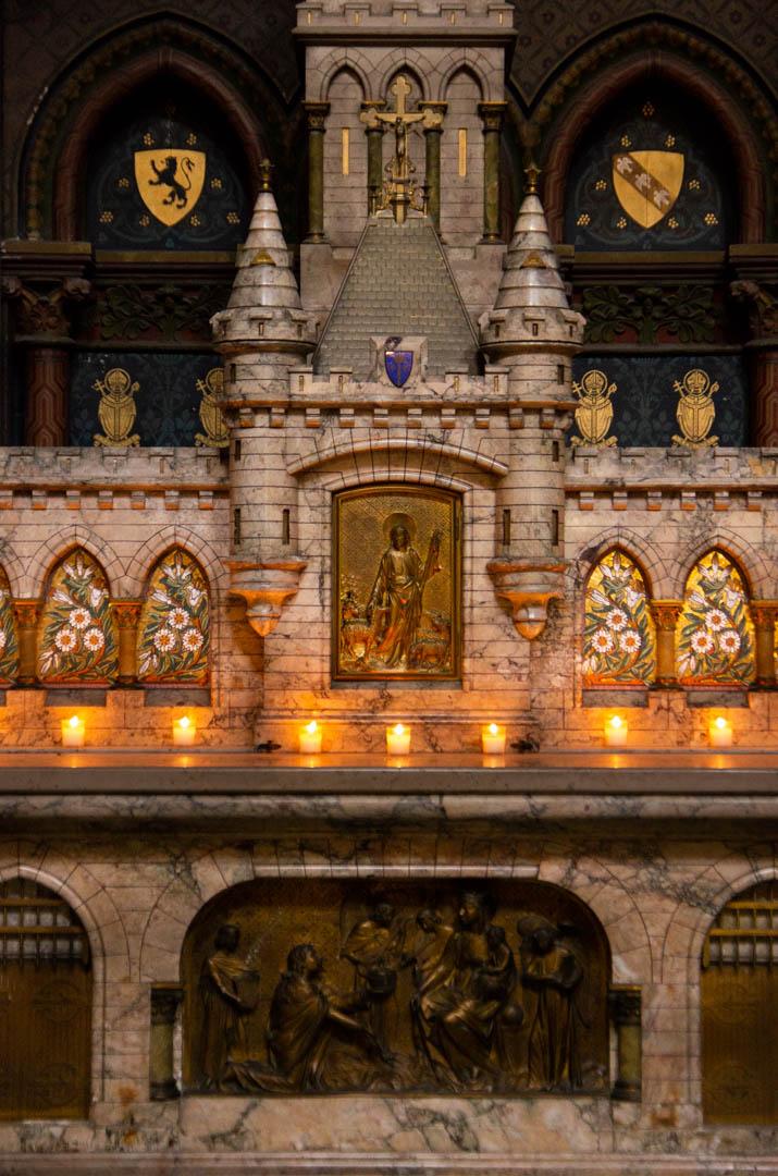 chapelle jeanne d arc autel cathedrale notre dame de la treille lille 3433