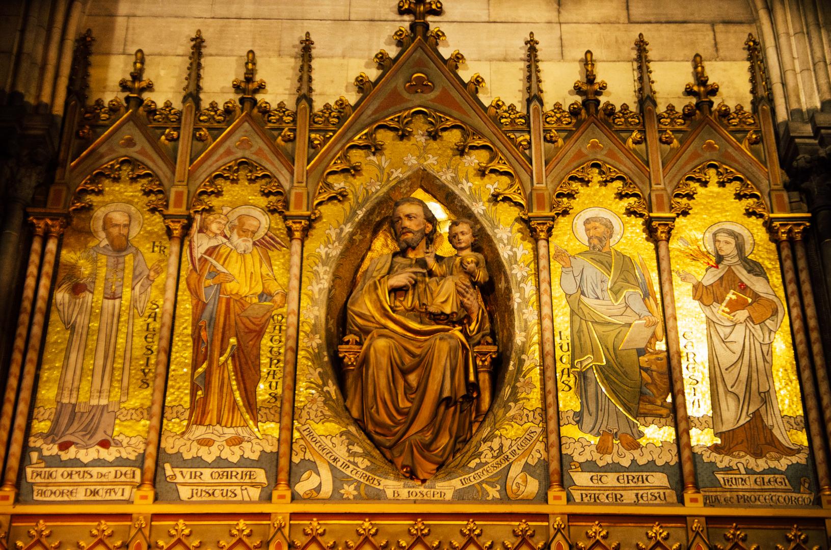 chapelle saint joseph cathedrale notre dame de la treille lille 24512432