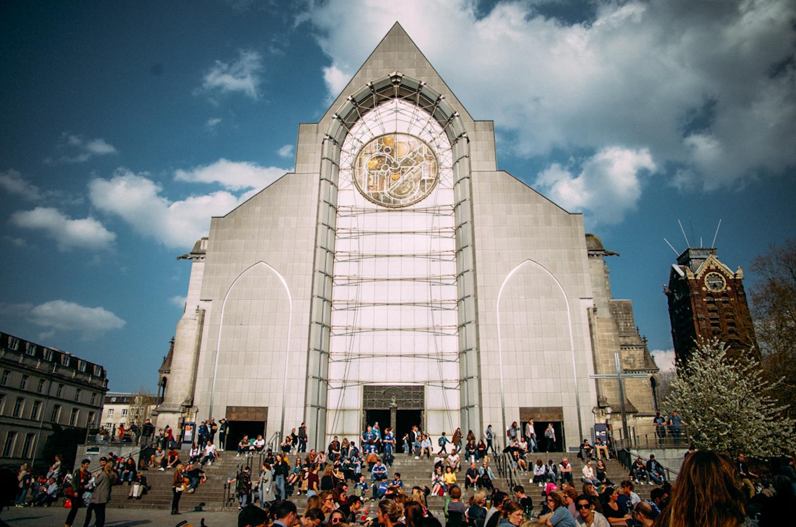 façade notre dame de la treille cathédrale lille 62180