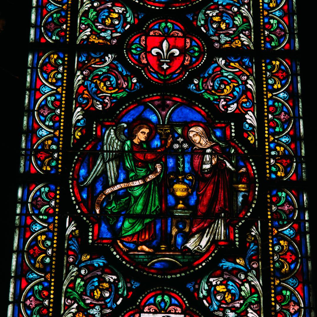 l'annonciation vitrail chapelle absidiale notre dame de la treille lille