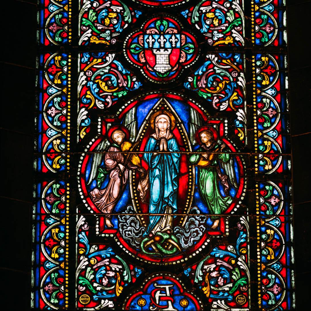 l'immaculée conception vitrail chapelle absidiale notre dame de la treille lille