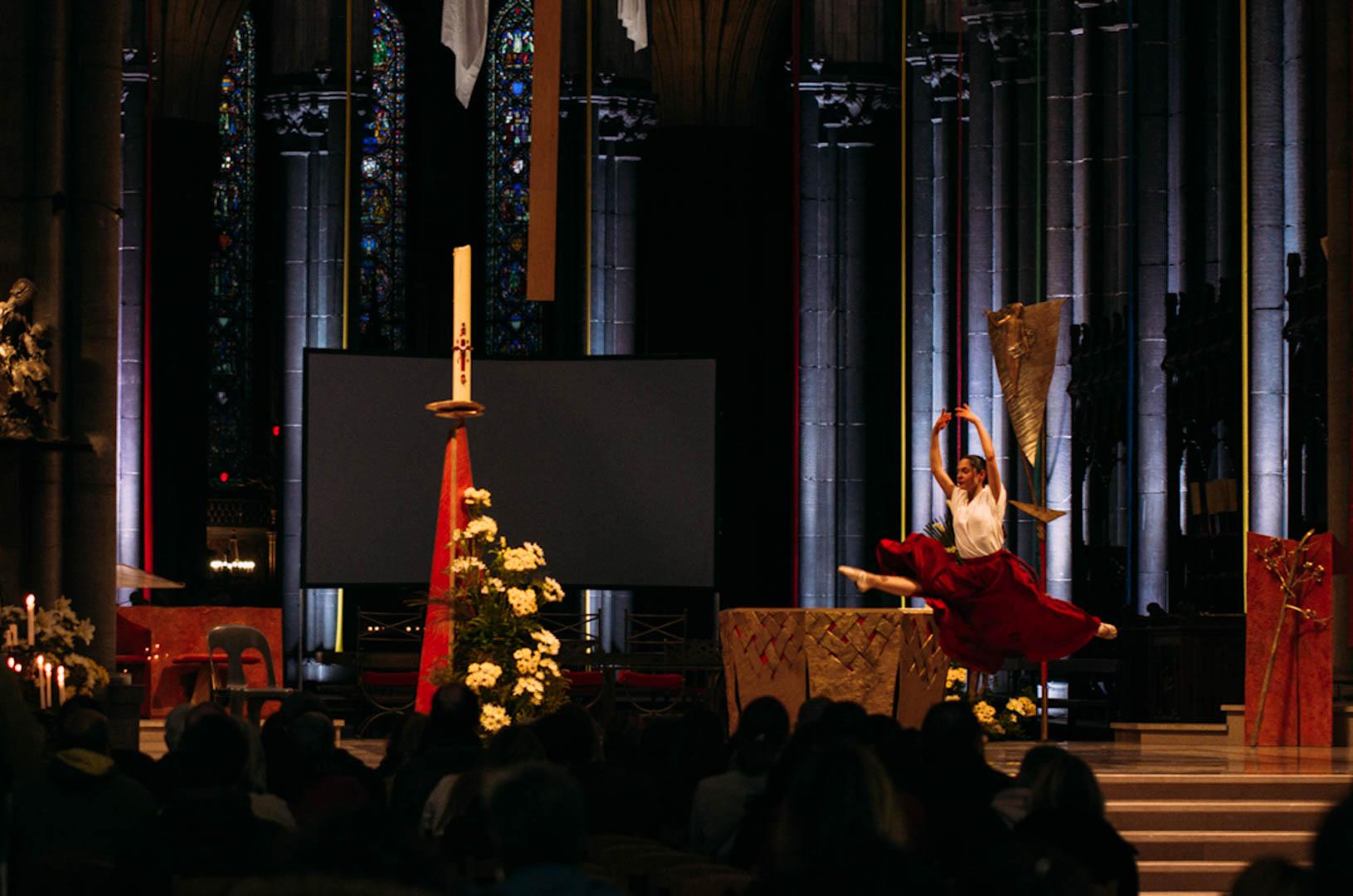 spectacle danse insolita cathédrale notre dame de la treille-13