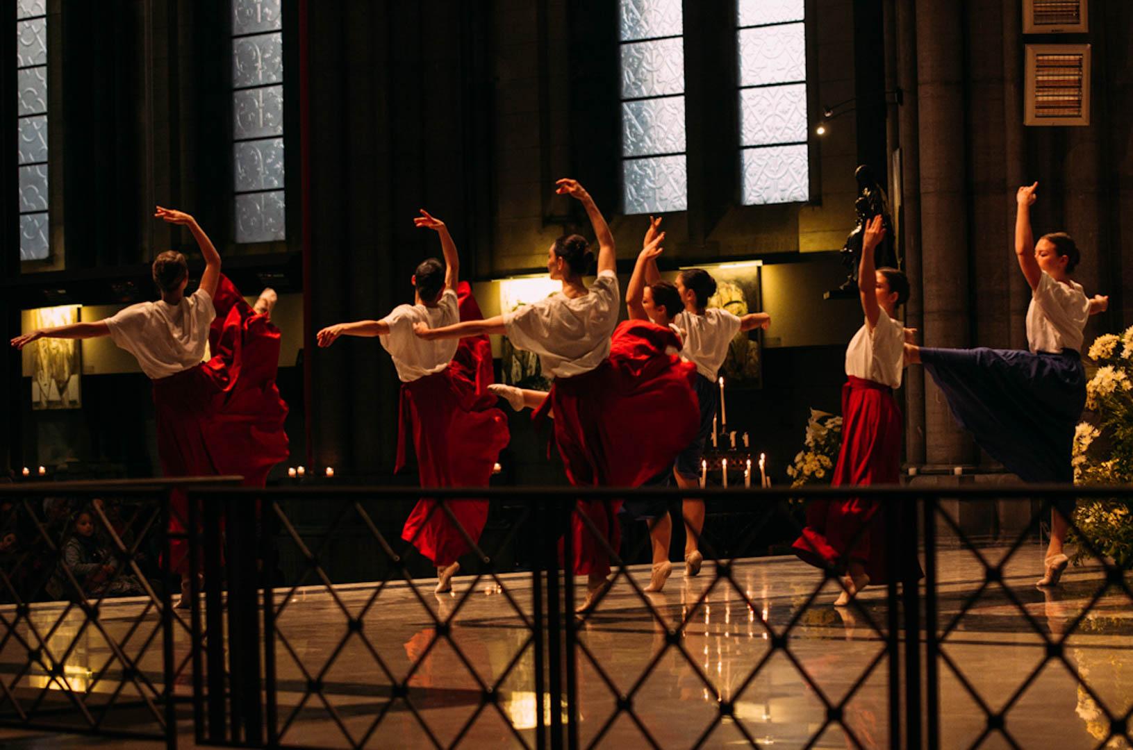 spectacle danse insolita cathédrale notre dame de la treille-19