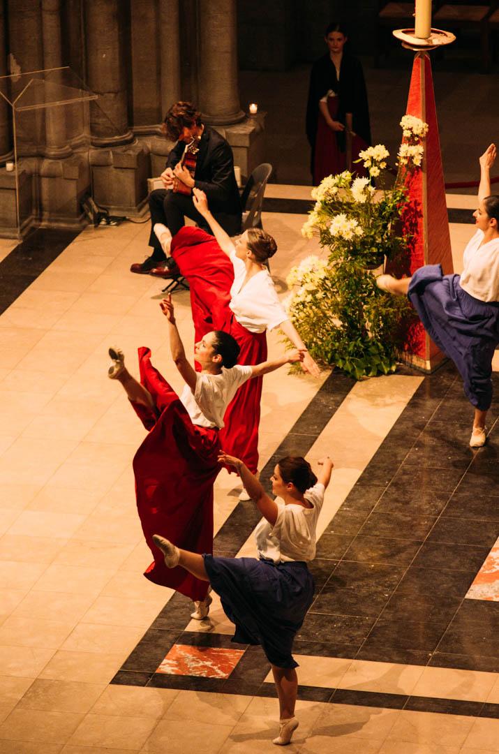 spectacle danse insolita cathédrale notre dame de la treille-9