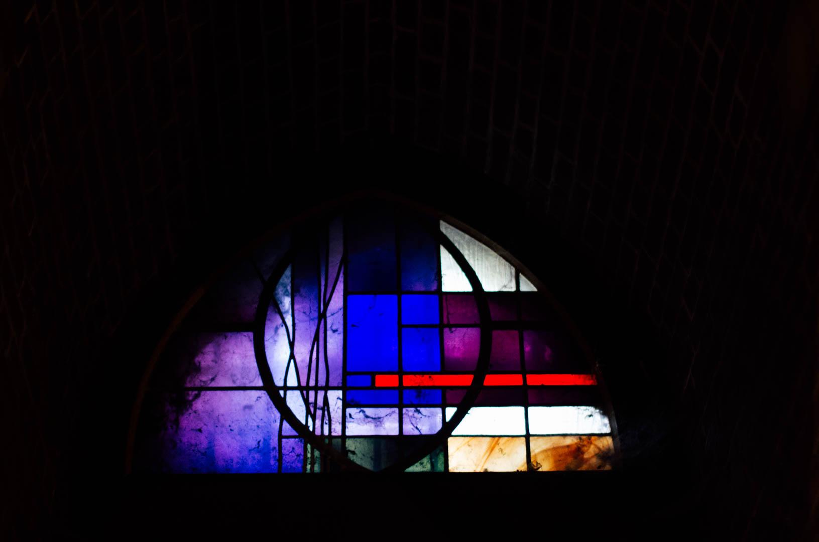 vitraux crype néo gothique cathédrale notre dame de la treille lille 66210