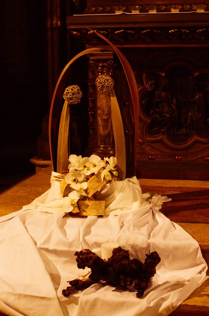 composition florale crèche noël cathédrale notre dame de la treille