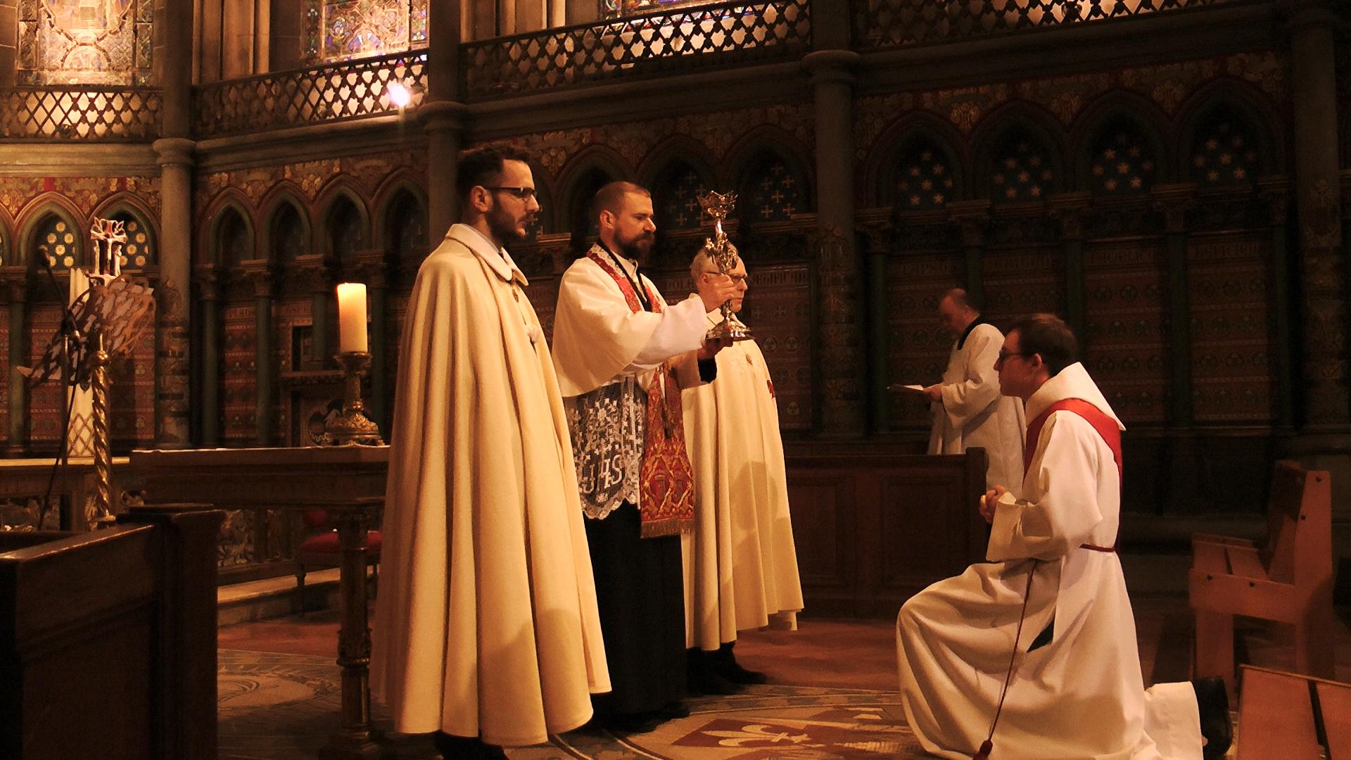 ordre du saint sépulcre notre dame de la treille