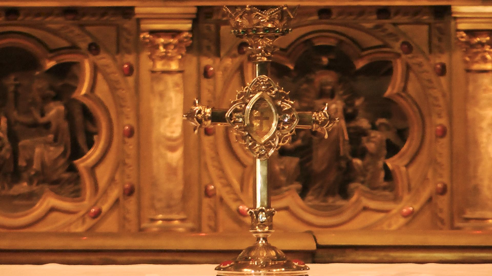 reliquaire de la Passion Cathedrale Notre Dame de la Treille