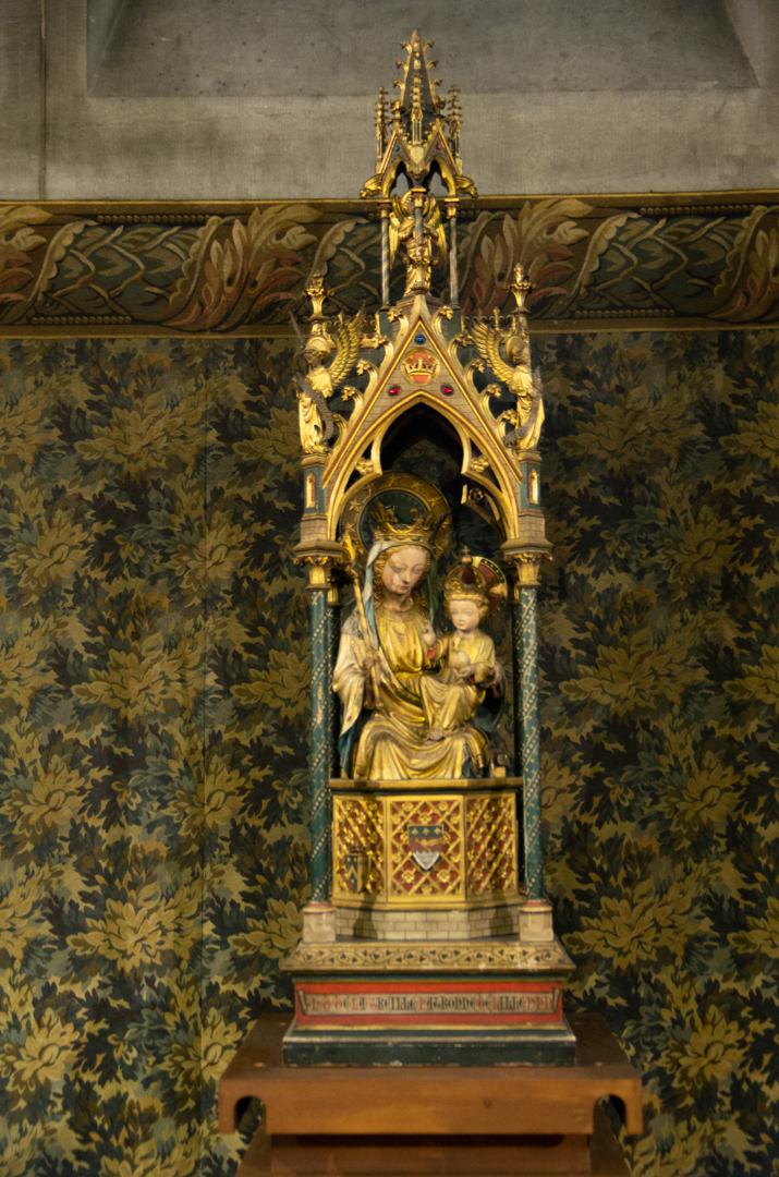 statue notre dame de la treille chapelle capitulaire